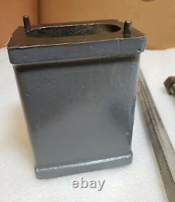Delta Rockwell 14 Band saw 6 riser block with bolt and hex guide rod