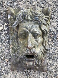 English Pub Tavern Greenman Face Weathered Cast Iron Vintage 16 lb. Wall Plaque