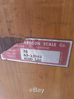 HUGE antique cast iron HOWE platform scale 4000 lbs capacity