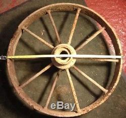 1840 Vtg Antique Ferme Pays Primitif Fonte Wagon Métal Roue 26 70+ Lbs