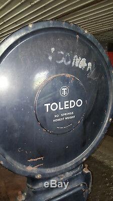 Âge Industriel Antique Toledo Grand Cadran Lollipop Échelle Sur Le Panier 200 Lb Fonte