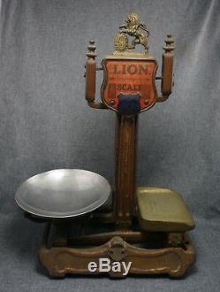 Lion Action Rapide Balance 4 Lb. Herbert & Sons Ltd. London Fonte