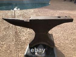 Vintage 73 Lb Pound Anvil USA Made Iron Cast Heavy Duty! Bon État
