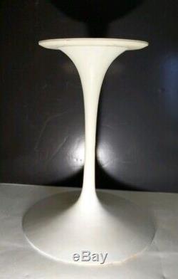 Vintage MID Century Moderne Heavy Duty (61 Lbs.) Tulip Métal / Fonte Base De Table